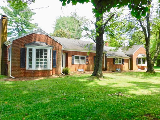 5 BR/3.5 BA Brick Home on 1.1 +/- Acres in the Town of Orange, VA