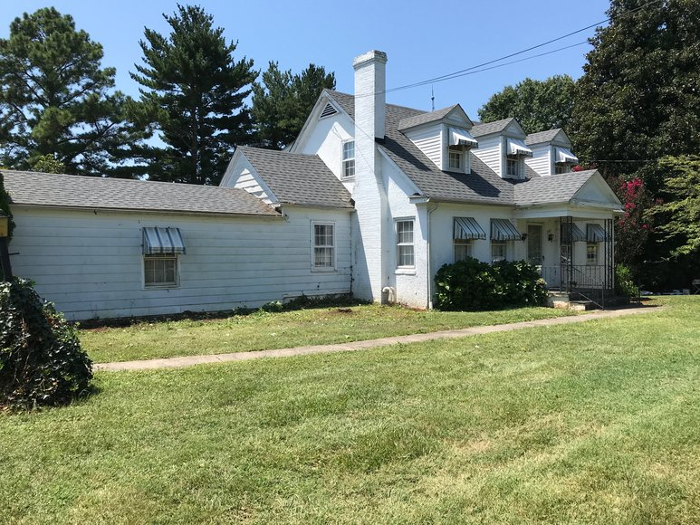 Featured Image for Solid 3 BR/2 BA Home on .34 +/- Acre Lot Located Only Minutes From Main St. & Downtown Culpeper, VA