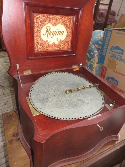 Dayton OH Antique Auction