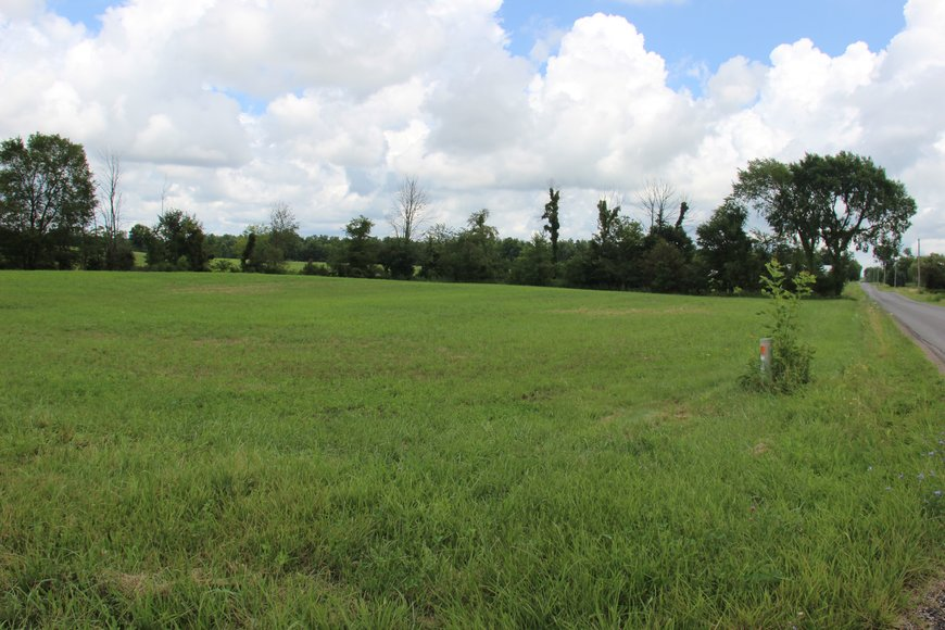 PUBLIC AUCTION 3 PRIME COUNTRY BUILDING LOTS