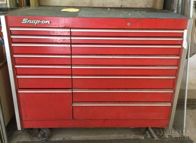 Alderfer Auction - Mont Clare, PA: 10-22-19 | Featuring Pro 4000 DeVilbiss Air Power Co Air Compressor, Snap- On Tool Chests, Dynamark Plus Dual-Stage Snowblower, Motorcycle Saddlebags, Tools & Equipment
