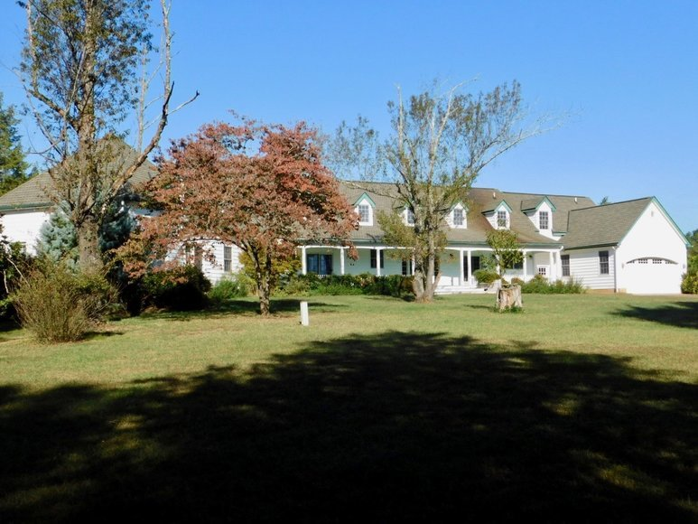 5 BR/5.5 BA Estate Home on 34 +/- Acres in Culpeper County, VA--SELLS to the HIGHEST BIDDER!!