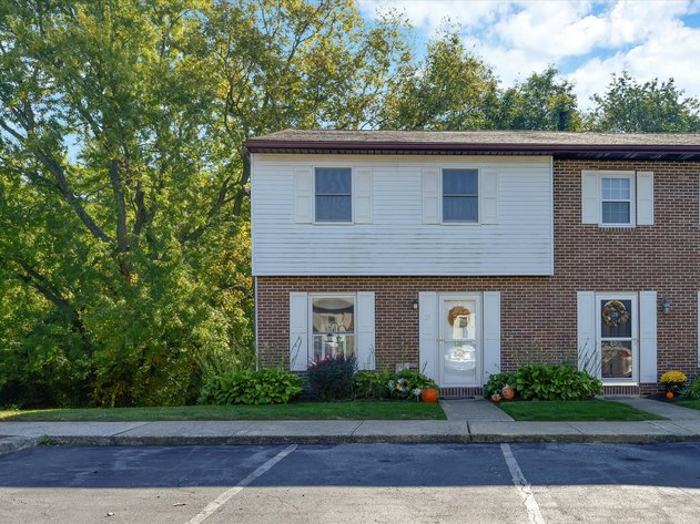 25 Drexel Place - New Cumberland, PA