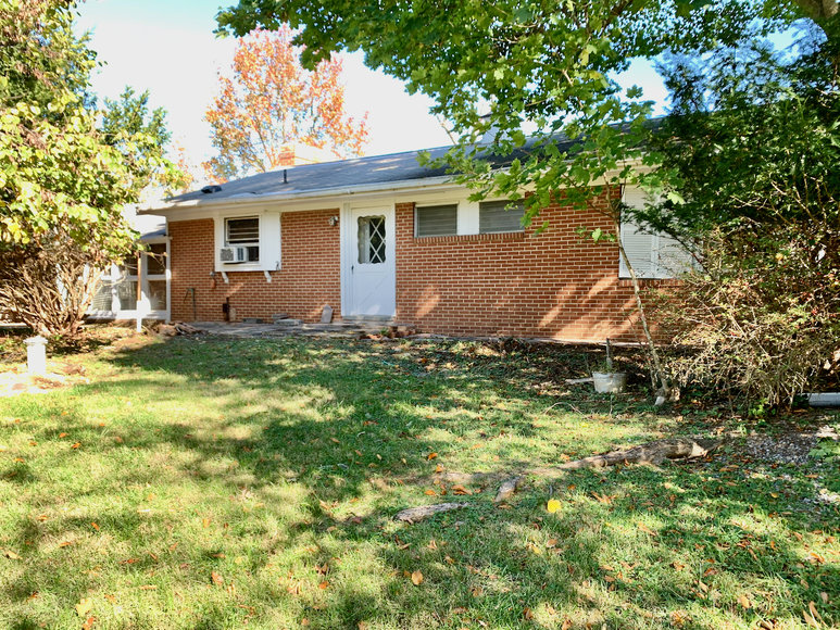 3 BR/1.5 BA Home on 2.4 +/- Acres in Clarke County, VA--Only 6 miles from Winchester, VA