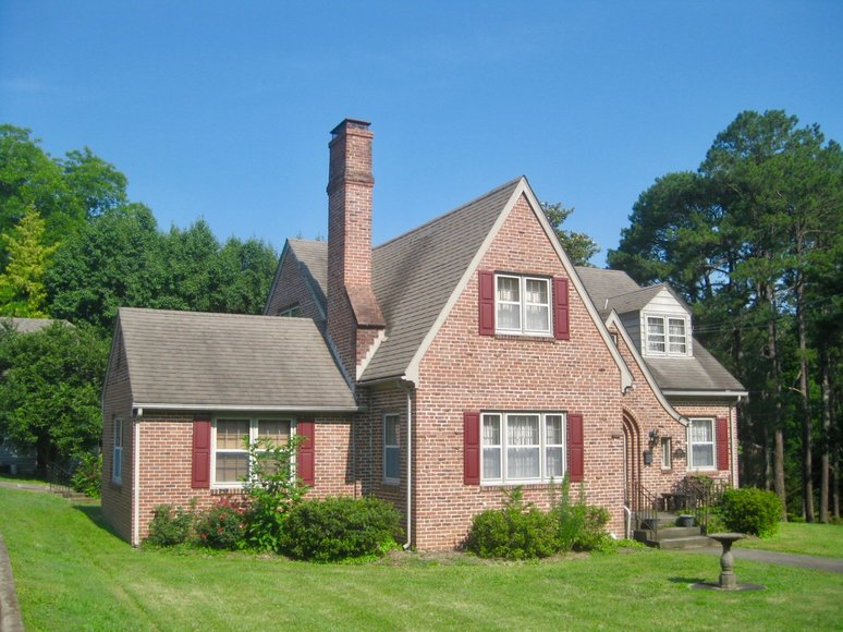 Move-In Ready 3 BR/2.5 BA Brick Home on Main Street Lawrenceville, VA--Sells to the Highest Bidder!!