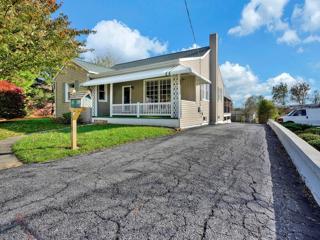 1318 East Main Street - Annville, PA 17003