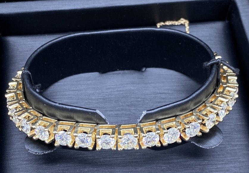 FDIC Repossessed High End Jewelry; 2014 Audi and Gold Coins
