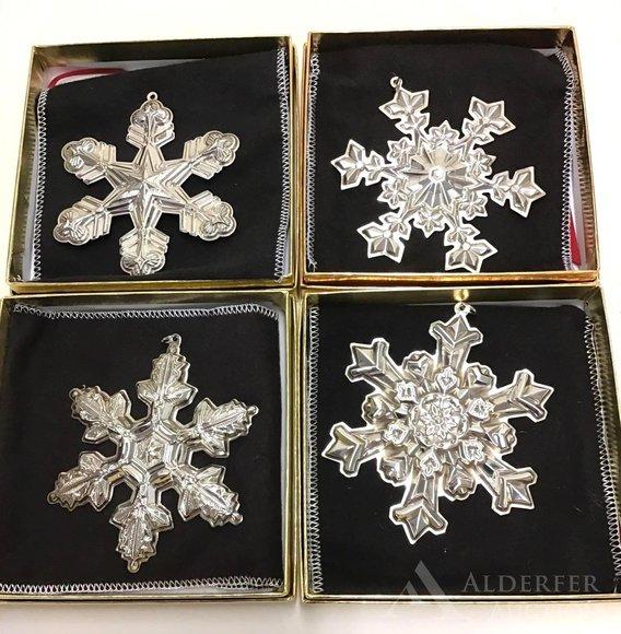 Alderfer Online - Byers' Choice & Christmas Decorative Auction Part 2: 12-10-19