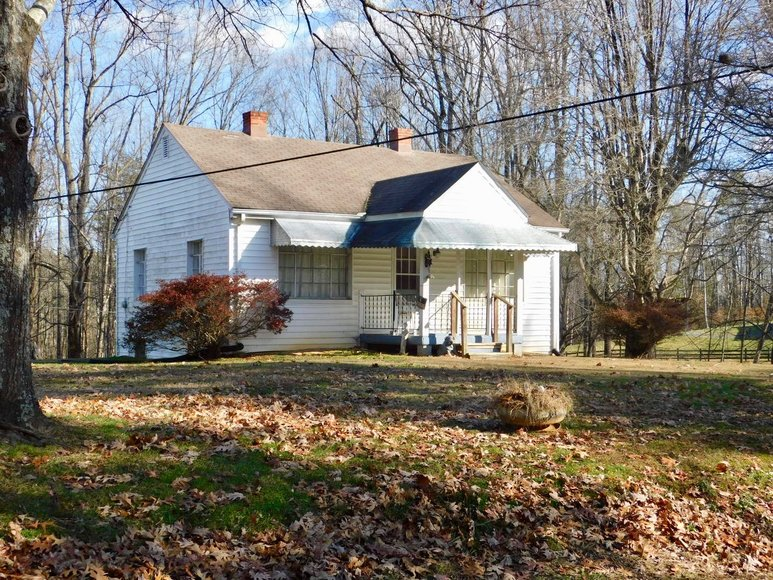 2 BR/1 BA Home on 1.4 +/- Acres in Madison County, VA--SELLING ABSOLUTE to the HIGHEST BIDDER!!
