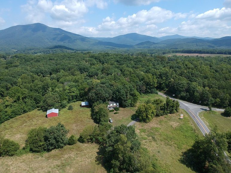 18.6 Acres on Rt.43 near the Peaks of Otter