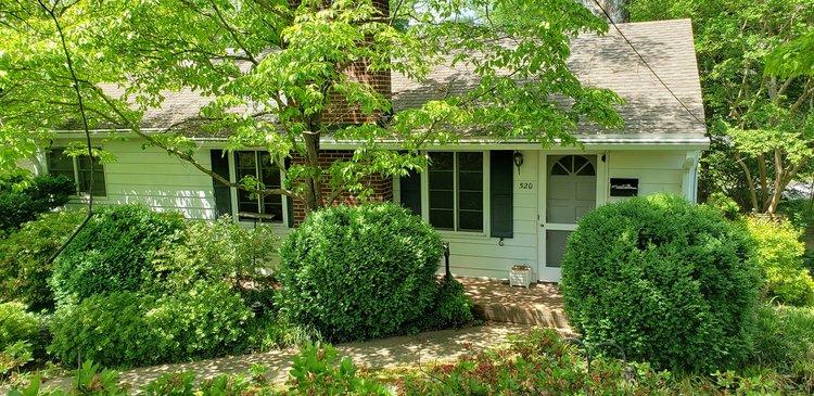 2 Homes near the University of Lynchburg