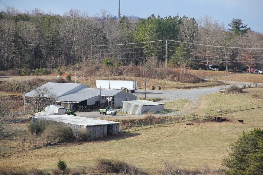 155 Acre Farm on Sunnymeade Rd