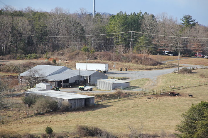 155 Acre Farm on Sunnymeade Rd