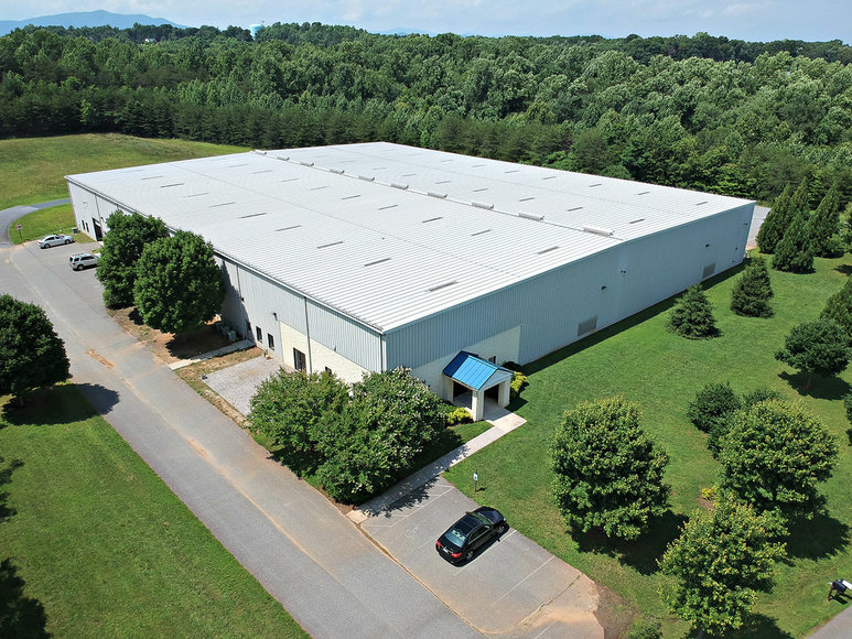 50,000 Sq.Ft. on 14 Acres