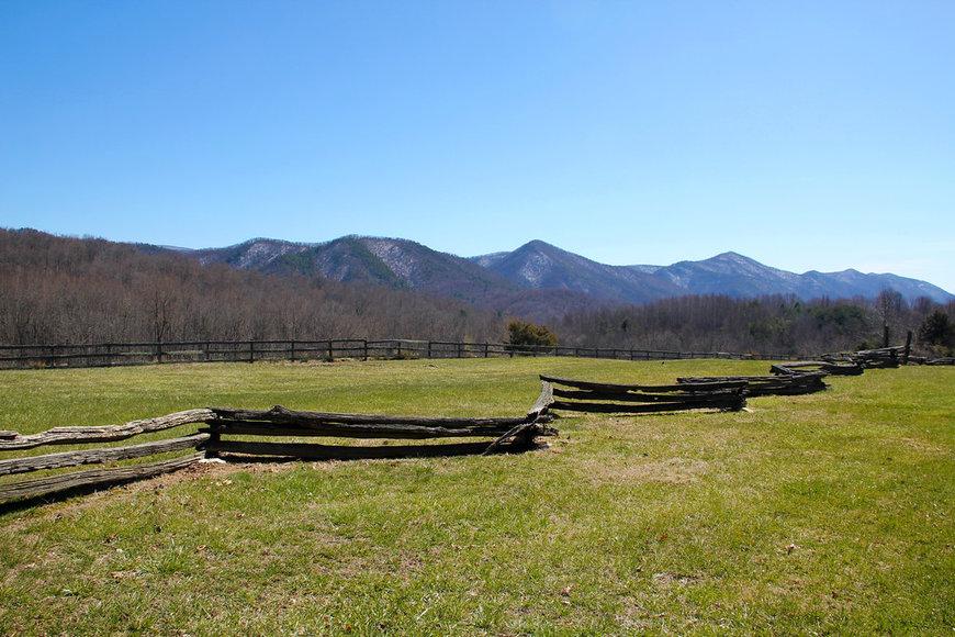 302 Acre Farm in the Scenic Shenandoah Valley