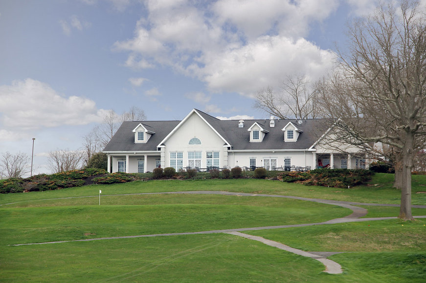 Pulaski Country Club 18-Hole Golf Course and Clubhouse on 146 Acres
