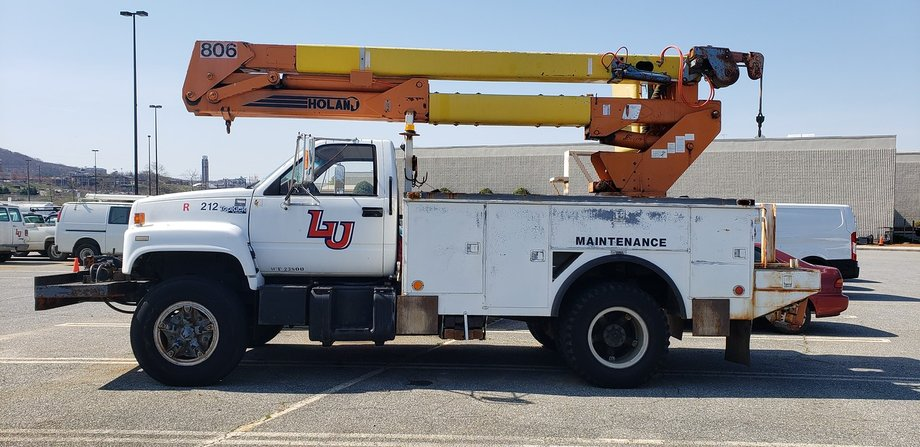 Liberty University Surplus Vehicles and Equipment