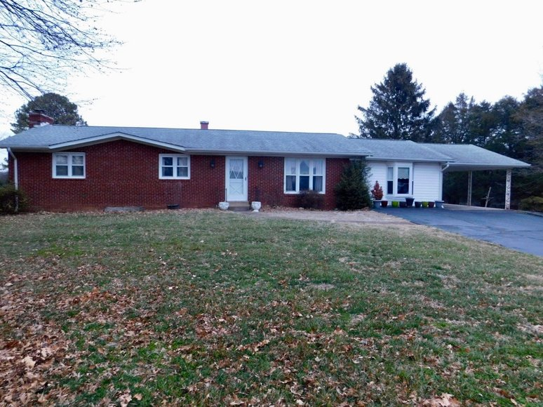 3 BR/2 BA Brick Home on 29.8 +/- Acres w/Up to 3 Potential Division Rights--Fauquier County, VA
