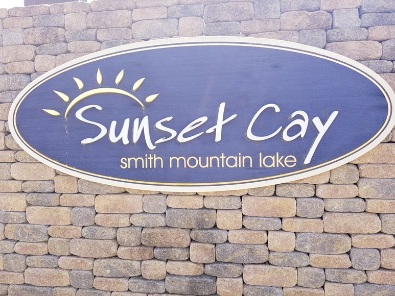 2 Commercial Tracts in Sunset Cay near Smith Mountain Lake