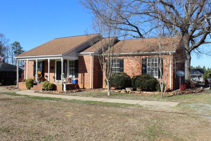 3 Bedroom, 2 Bath Brick Home on Acre Lot w/ Storage Buildings & Barn (CLICK HERE)