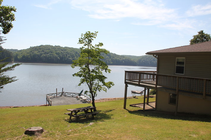 Leesville Lake Front Home