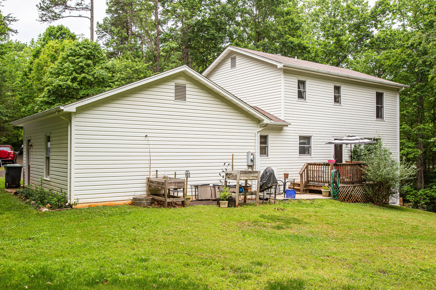 3 BR/2.5 BA Home on 1.3 +/- Acre Lot in Merrimac South Development--Culpeper County, VA
