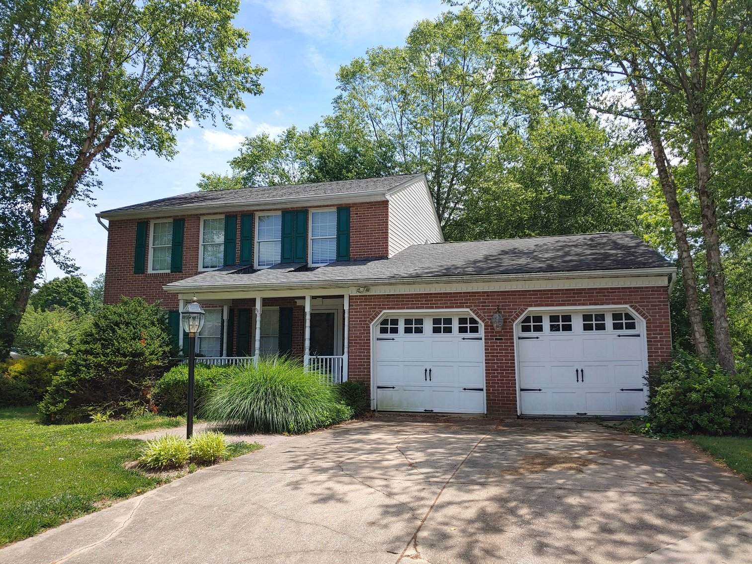 3 BEDROOM, 2½ BATH, 2 STORY BRICK FRONT HOME W/ REMAINING PERSONAL PROPERTY