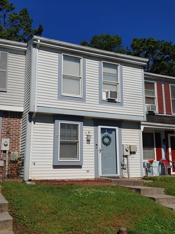 2 BEDROOM, 1½ BATH 2 STORY TOWNHOME NEAR WHITE MARSH