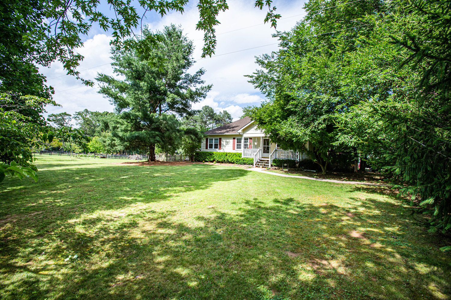 3 BR/2.5 BA Home w/13 Stall Barn, Outbuildings & Greenhouse on 5.47 +/- Acres in Orange County, VA
