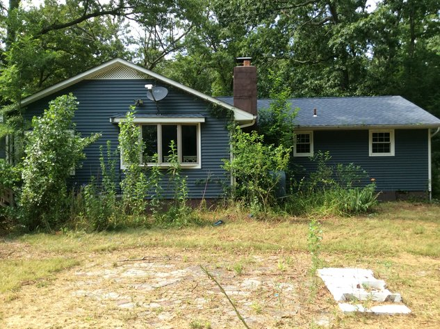 USDA Foreclosure Online Only Auction (Property #9)