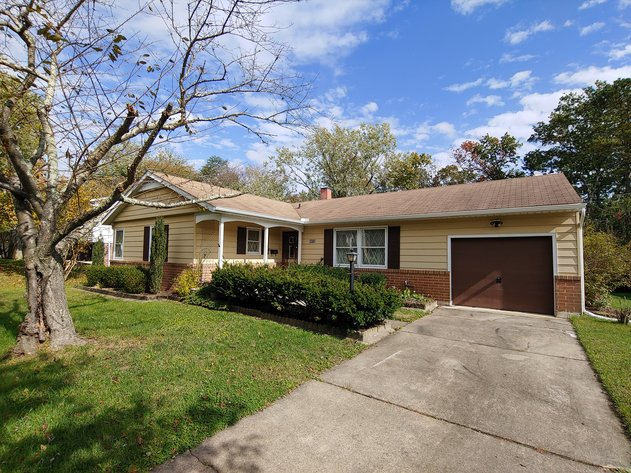 "3 BR, 1 ½ BA ""L"" STYLE RANCH HOME  W/ATTACHED 1 CAR GARAGE  PLUS REMAINING HOUSEHOLD FURNISHINGS"