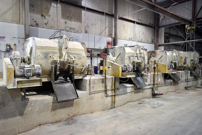 Dry Cast Concrete Batch Plant & Mixers