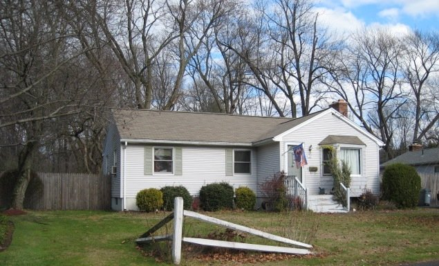 22 Simpson Circle, Agawam