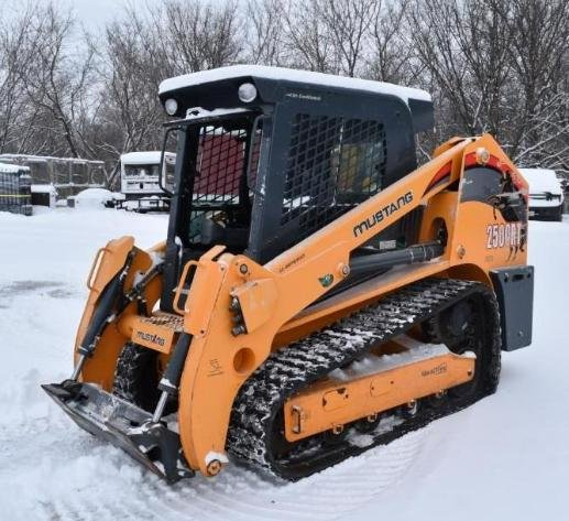 2016 Mustang 2500RT NXT3 Track Skid Loader