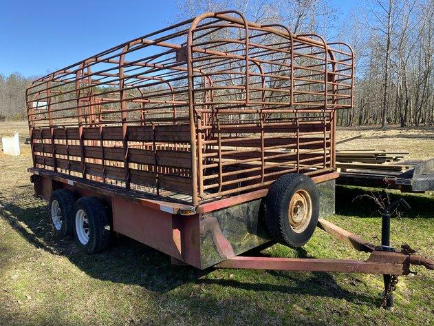 Living Estate of Mr. Johnny V. Dark - Cattle and Livestock Equipment