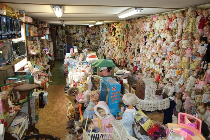 Estate of the Late Lessie Mae Maness - Dolls