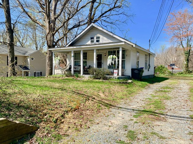 2 BR/1 BA Income Producing Home Minutes from Downtown Fredericksburg, VA--Part of a 3 Home Rental Portfolio