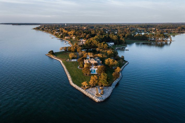 Outstanding Eastern Shore Waterfront Property