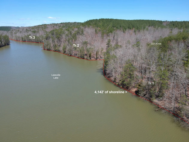 FOR SALE: 228 Acres on Leesville Lake