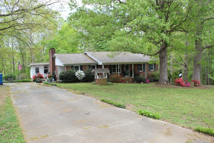 Home on 3.3 Acres -Contents Sell Separate