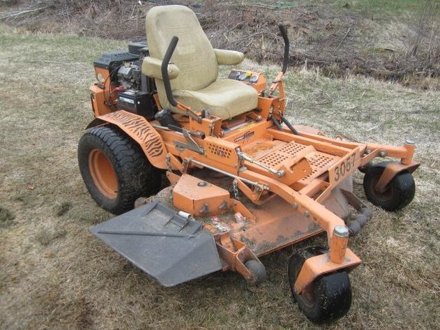 HERMANTOWN ONLINE AUCTION: MOWERS, CEDAR WOOD, TOOLS & MORE ONLINE AUCTION