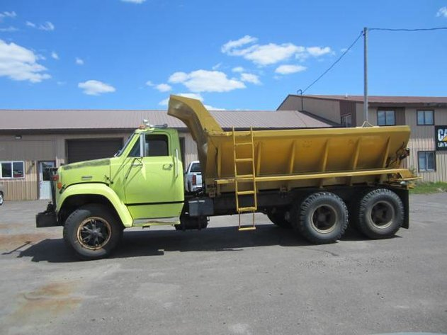 HERMANTOWN ONLINE AUCTION: SAND TRUCK, CYCLE AND AUTO ONLINE AUCTION