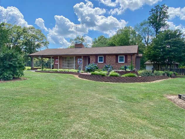 3 BR/3 BA Brick Home w/Outbuildings on 2.7 +/- Acres in Orange County, VA--SELLS to the HIGHEST BIDDER!!