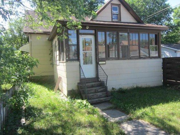 VIRGINIA, MN - FIXER UPPER 2 BEDR00M HOME DO-BID ONLINE AUCTION