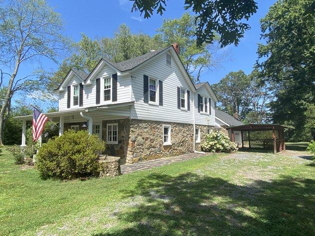 3 BR/2 BA Home on 2.4 +/- Acres in Orange County, VA