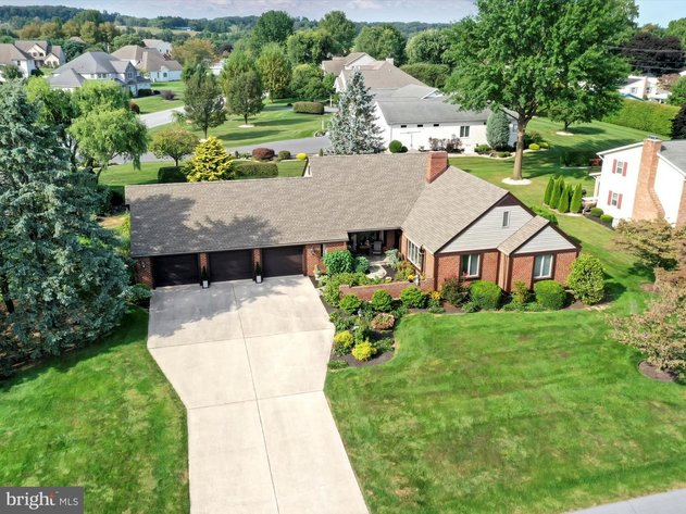 103 West Colonial Avenue - Myerstown, PA