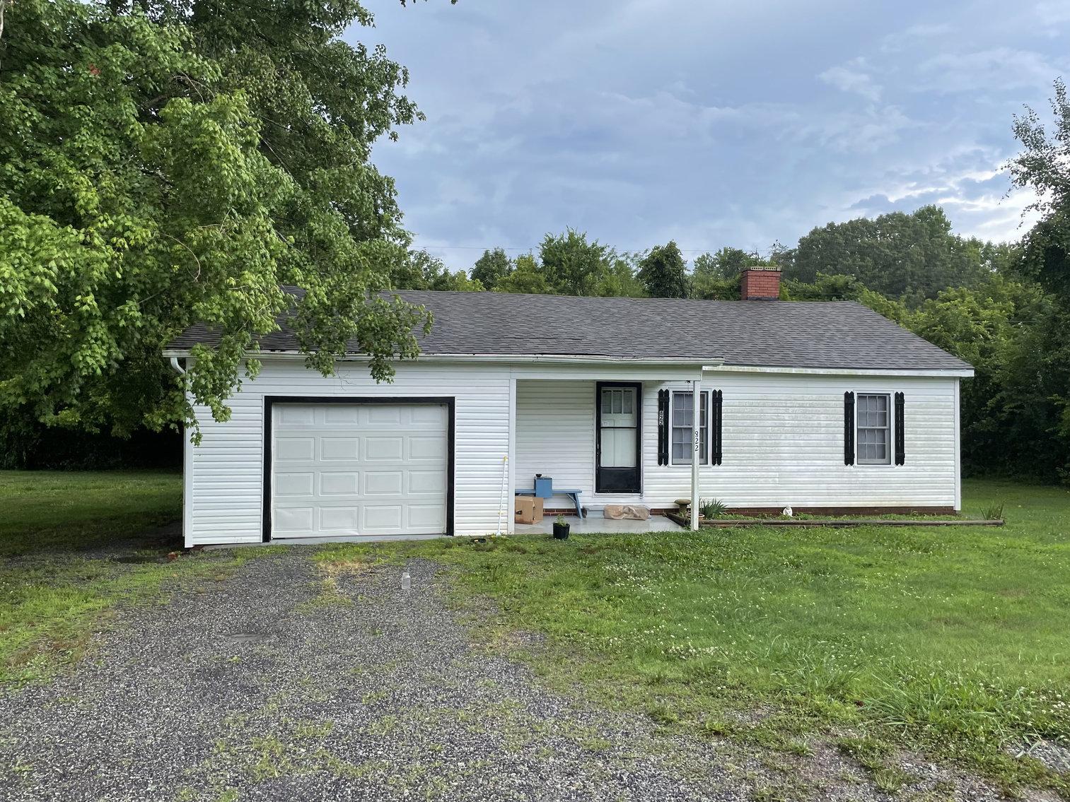 2 Bedroom House, Davie County