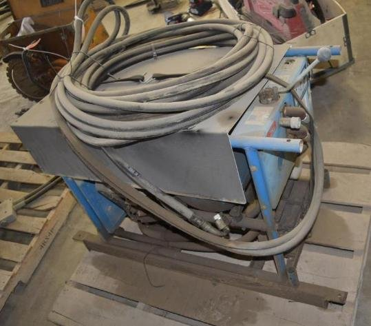 2007 Peterbuilt Semi, Concrete Equipment, Shop Equipment & Other Tools