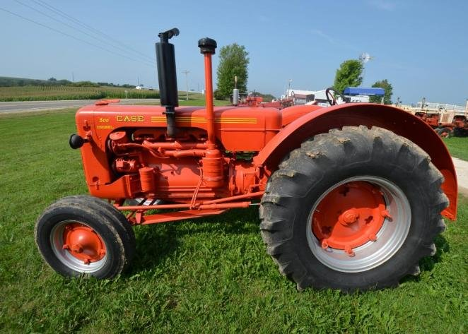 International Truck, Vintage Tractors and Machinery, and Much More!!