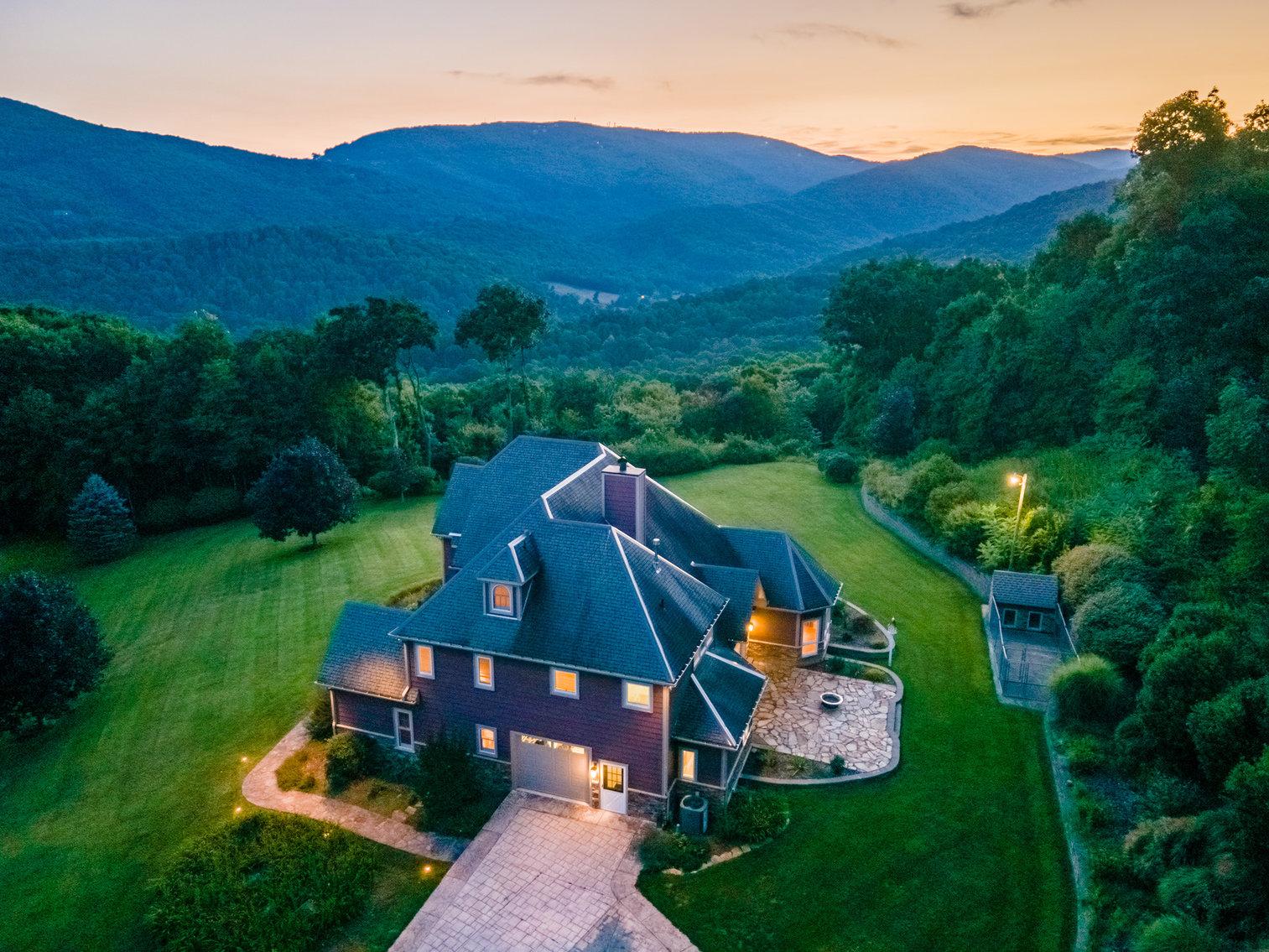 Majestic Mountain Estate in Boone, NC